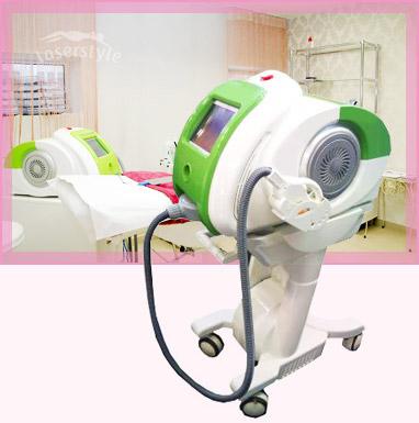 E-light laser. Odos stangrinimui ir atjauninimui, Smulkių raukšlelių lyginimui, Pigmentinių dėmių šalinimui, Teleangektazijų (veido raudonio) gydymui, odos šviesinimui ir skaistinimui, Nepageidaujamų plaukų šalinimui, Spuogų gydymui.